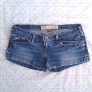 💰Bundle 2 items for $18 Hollister Jean Shorts